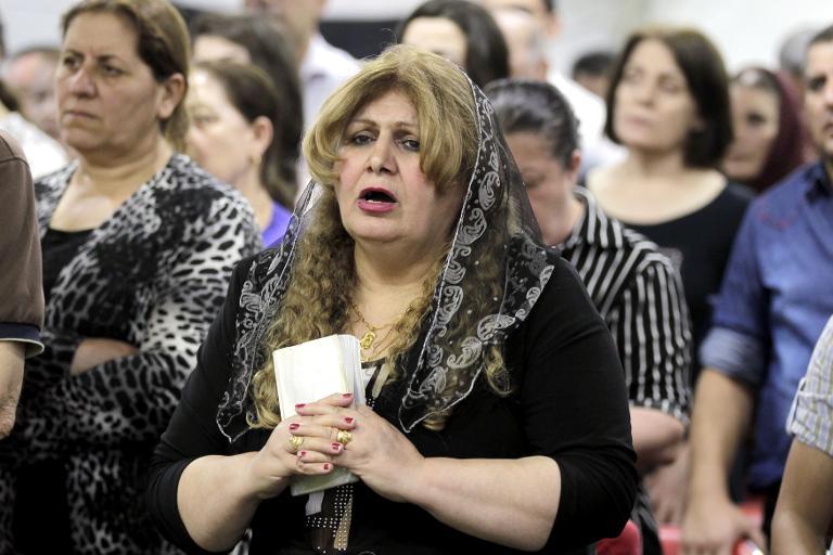مسيحيو العراق يبدأون في  هجرة جديدة بحثا عن الأمان