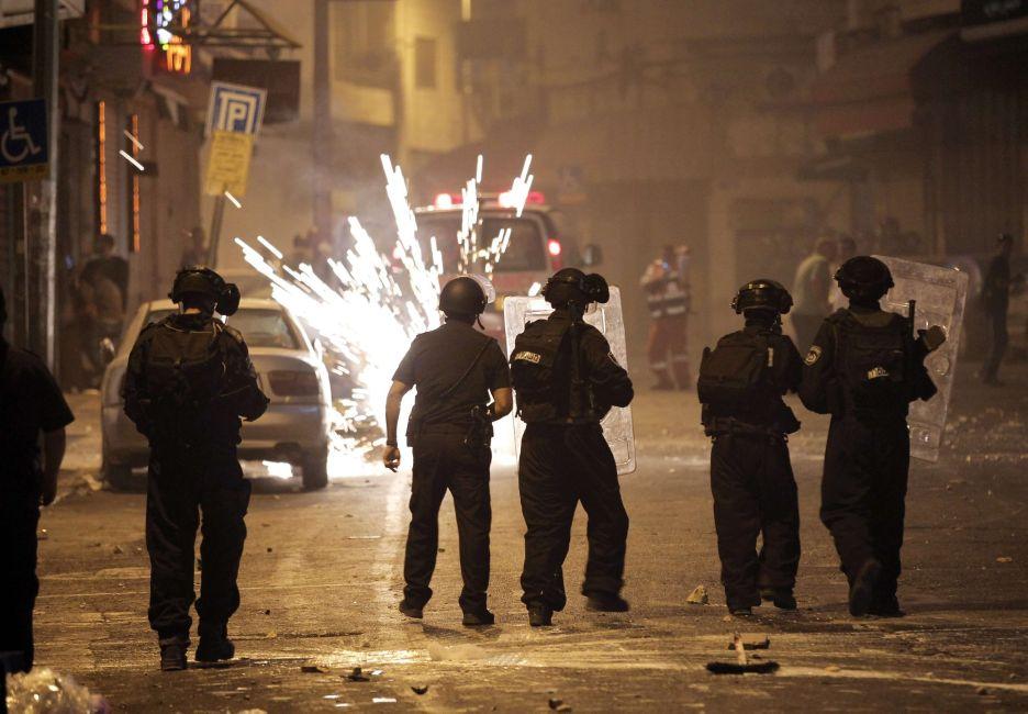 مواجهات القدس أعادت رسم الحدود بين شطري المدينة