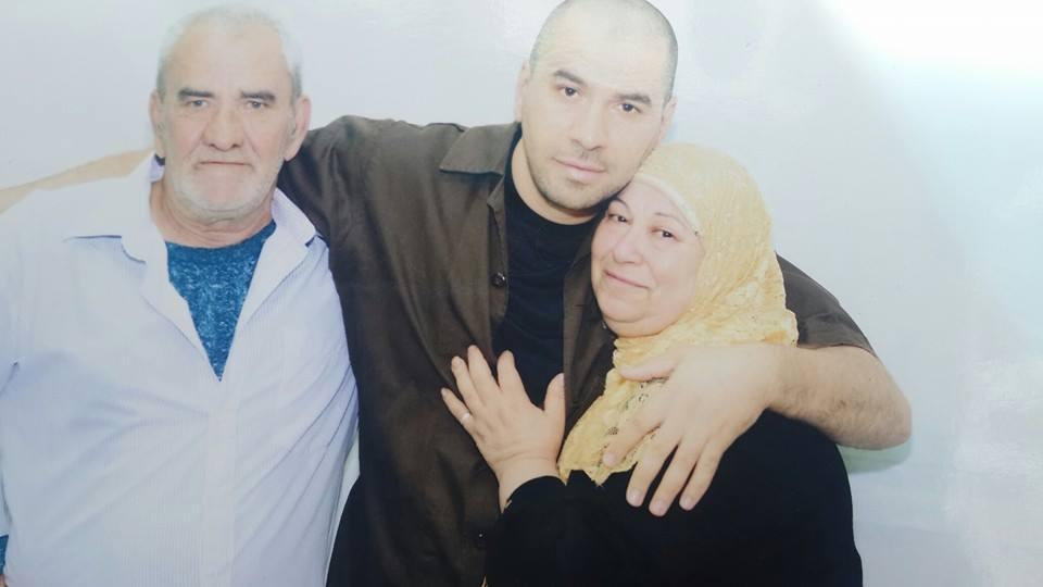 الأسير ياسين بكري يحصل على لقب جامعي رغم أسره منذ عام 2002
