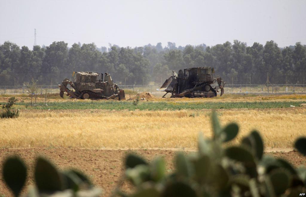 الاحتلال ينفذ عملية توغل وتجريف شرق خان يونس