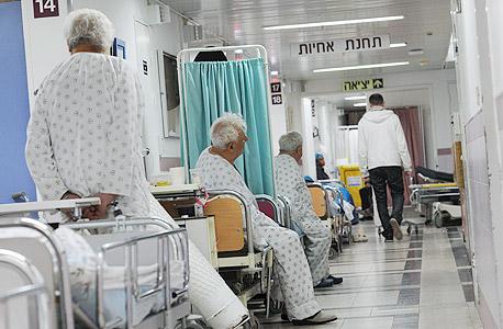 المستشفيات الإسرائيلية تهدد بوقف العمليات الجراحية غير الطارئة