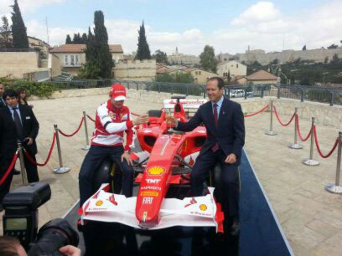 سباق الفورمولا 1 التهويدي يغلق شوارع القدس المحتلة