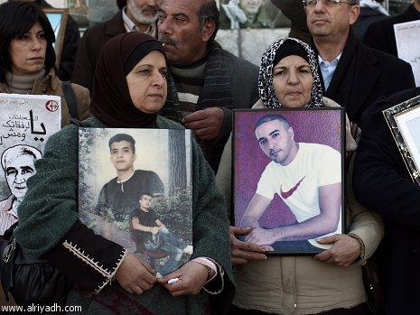 6200 أسير و 500 معتقل إداري في سجون الاحتلال