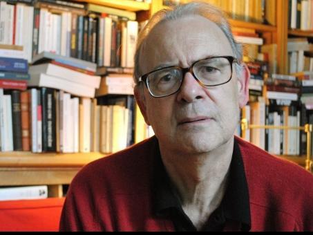 منح الروائي الفرنسي باتريك موديانو جائزة نوبل للآداب