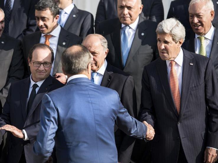 موسكو: موافقة الأمم المتحدة ضرورية لإقامة منطقة عازلة في سوريا