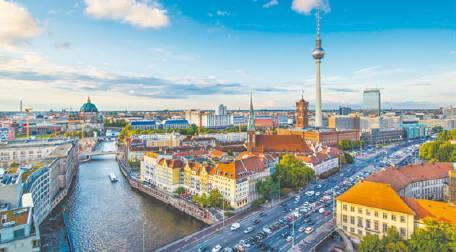صحيفة نتنياهو: المبادرة لتشجيع الهجرة لبرلين مرتبط بمكتب عقارات