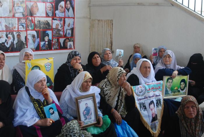 """الحركة الوطنية الأسيرة تطلق حملة """"قليلا من الدفء لأسرى غزة"""""""