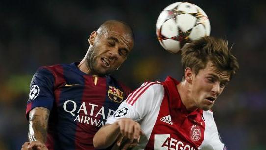 (فيديو) برشلونة يفوز على أياكس  في دوري الأبطال قبل الكلاسيكو
