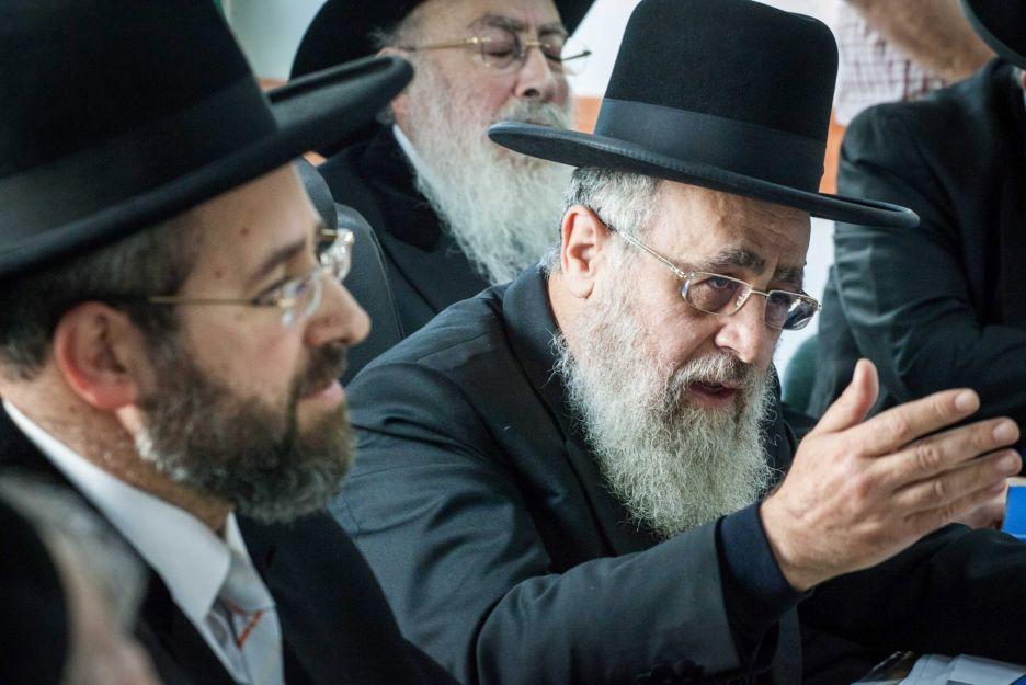 الحاخام الشرقي الأكبر لإسرائيل يعارض دخول اليهود إلى الحرم القدسي