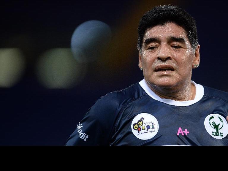 مارادونا: رونالدو وصل إلى مستوى ميسي في عام 2014 فقط