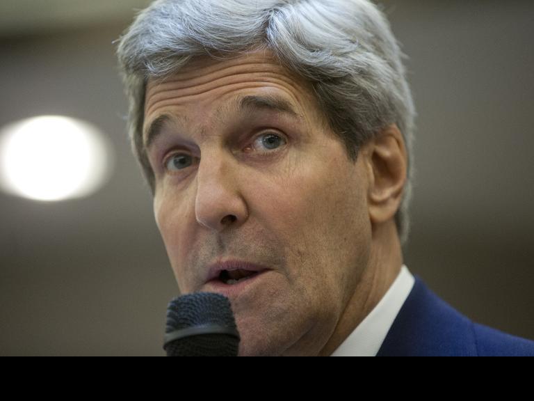 كيري يعود إلى أوروبا لإجراء المشاورات حول الملف الإيراني