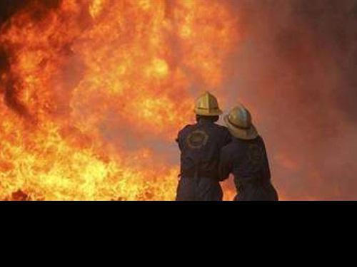 الخليل: حريق في موقع عسكري عقب إلقاء زجاجة حارقة (فيديو)