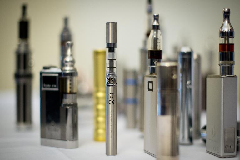 السيجارة الإلكترونية تحتوي على مواد مسرطنة
