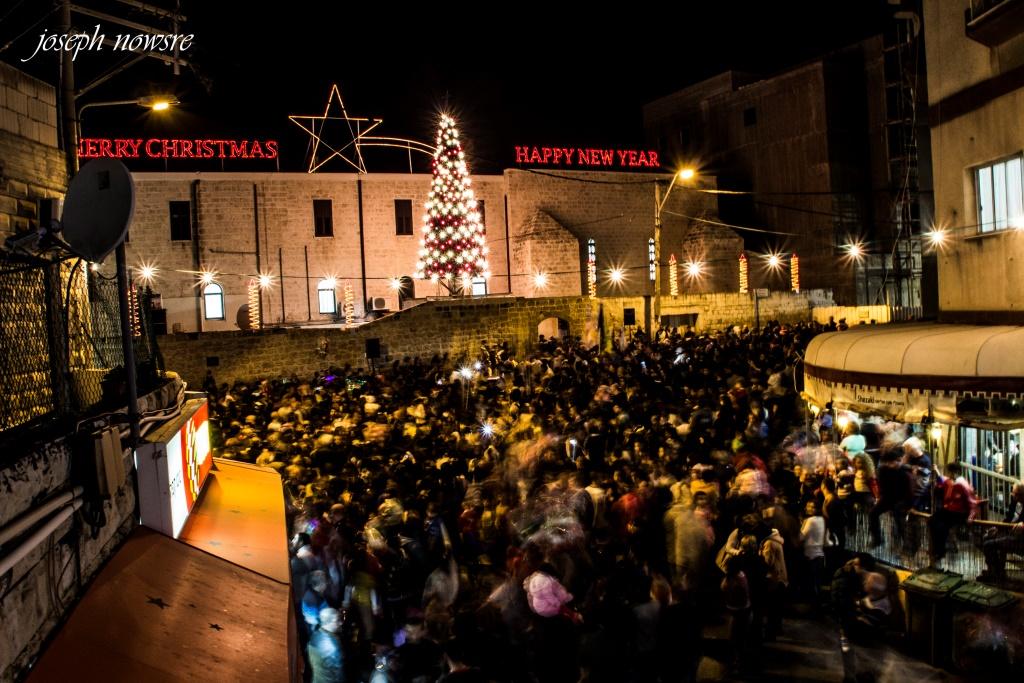 شفاعمرو تحتفي بإضاءة شجرة عيد الميلاد