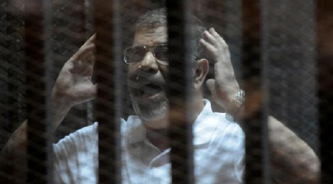 استئناف محاكمة محمد مرسي و130 متهما في اقتحام السجون