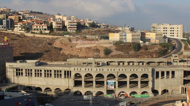 أم الفحم: مصرع شاب سقط من مبنى قصر المنار