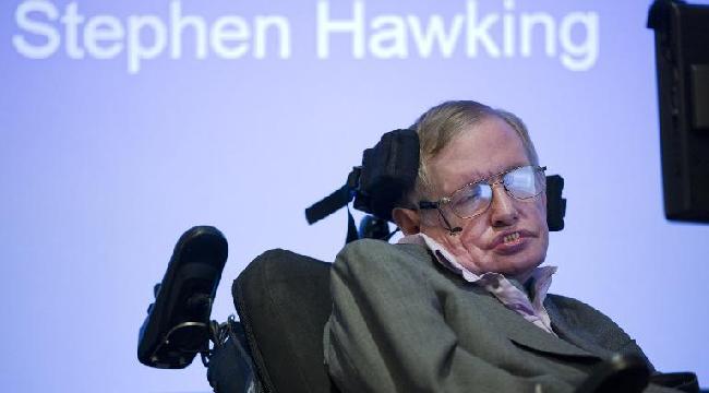 هوكينغ: تطور التقنيات الذكية قد يؤدي لفناء الجنس البشري