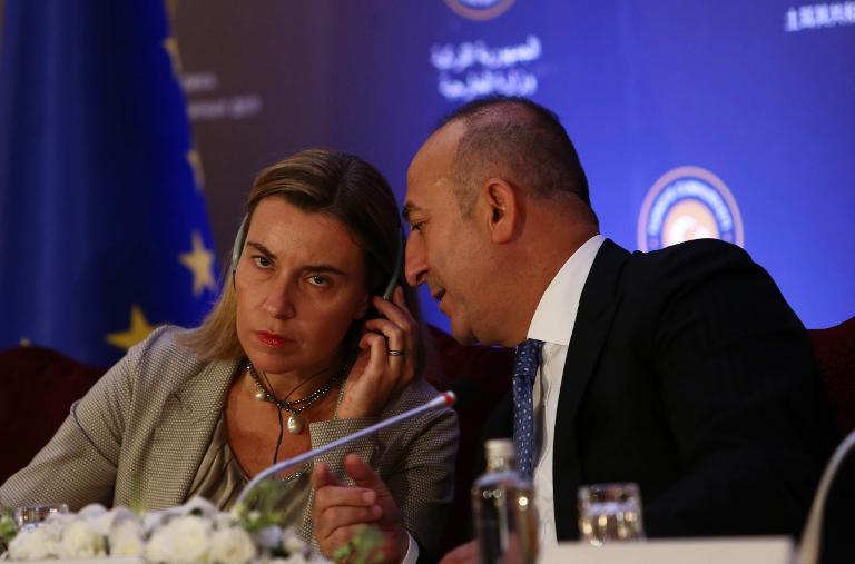 الاتحاد الأوروبي يطلب من تركيا زيادة التعاون في محاربة داعش