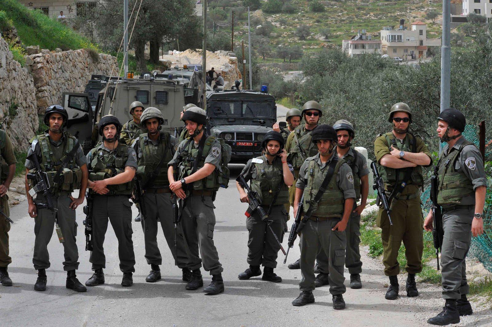 اختفاء شابين من الخليل يرفع تأهب جيش الاحتلال