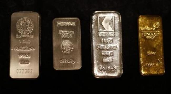 الذهب يتجه لأكبر مكاسبه الأسبوعية في شهرين مع تراجع الأسهم والدولار