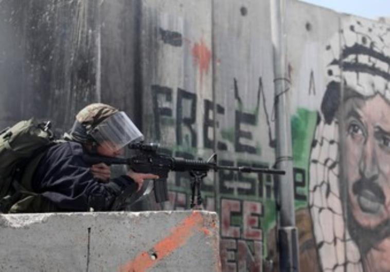 استشهاد الشاب محمود عدوان(20 عاما) برصاص جيش الاحتلال في مخيم قلنديا