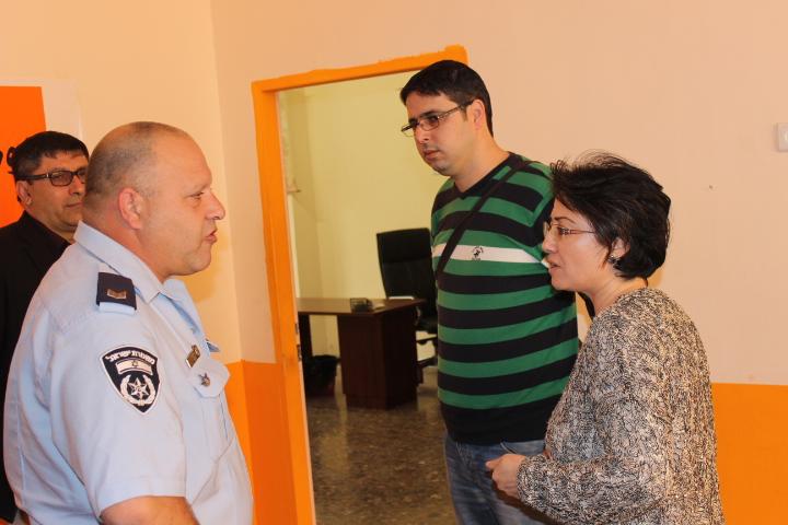 مجهولون يقتحمون نادي التجمع ومكتب  النائبة زعبي بالناصرة