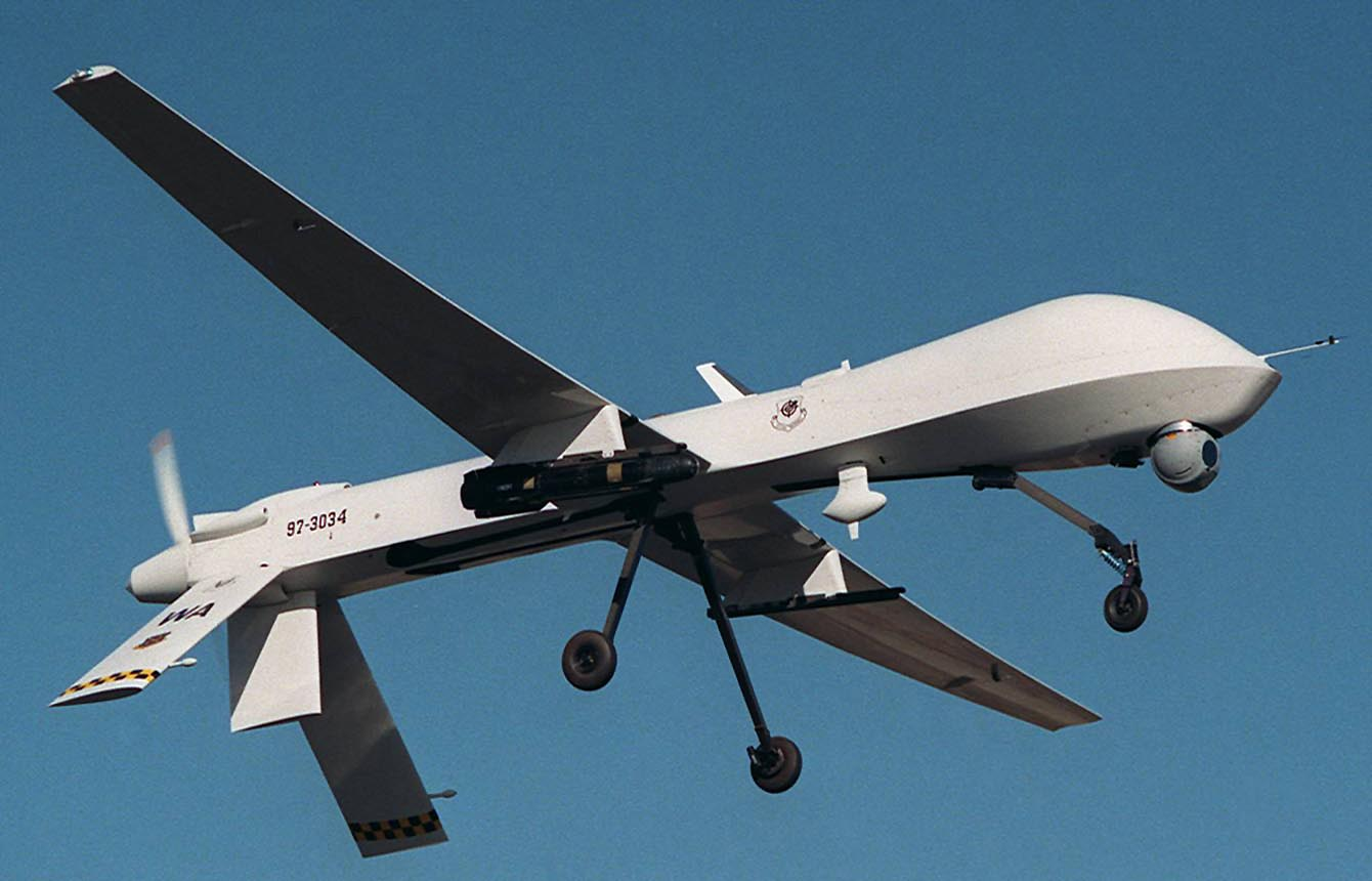 سوريا تقول إنها أسقطت طائرة إسرائيلية بلا طيار في القنيطرة