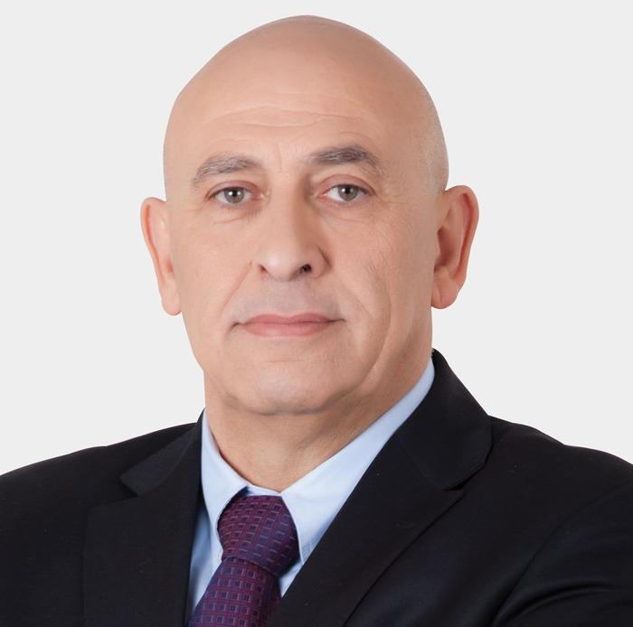النائب غطاس يتابع أزمة استصدار الفيزا للطلاب العرب في رومانيا