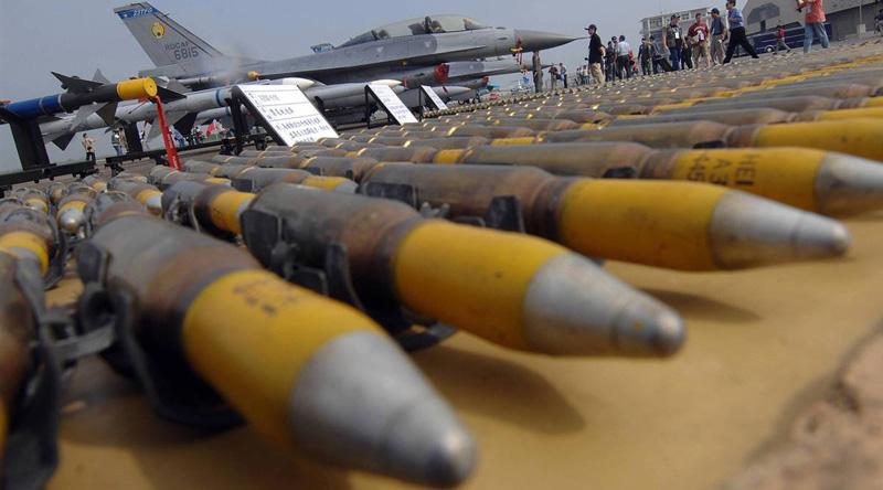 سماسرة السلاح الإسرائيليون ينشطون في العالم بدون رقابة