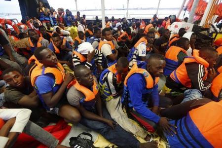 إنقاذ نحو 1250 مهاجرا في البحر المتوسط في فترة عيد الميلاد