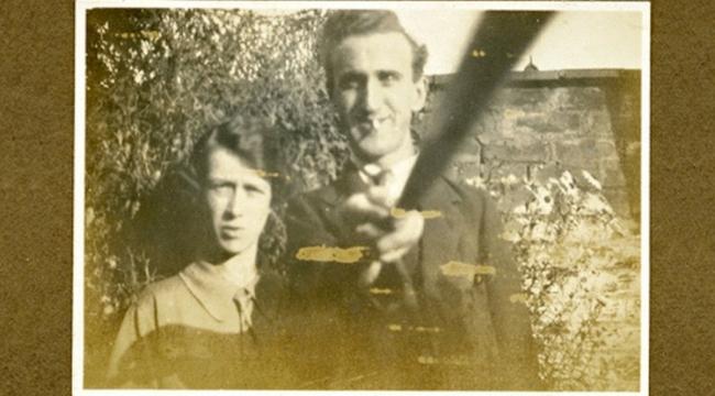 أول صورة سيلفي في التاريخ من عام 1926
