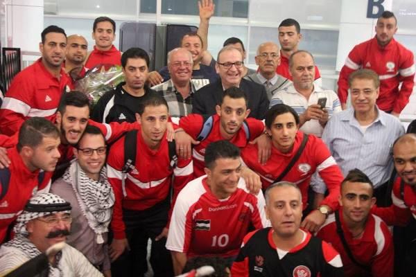 بالصور: الجالية الفلسطينية تستقبل المنتخب في سيدني