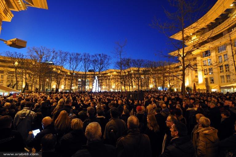 """الصحافة الفرنسية تتشح بالسواد تنديدا بوحشية الاعتداء على """"شارلي إيبدو"""""""