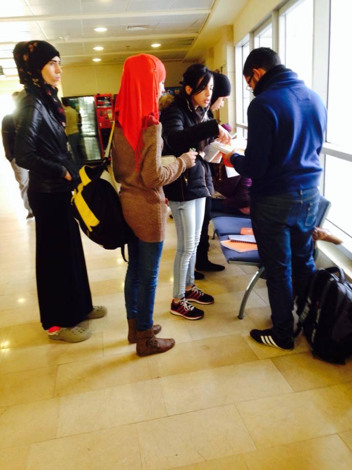 حيفا: التجمع الطلابي يوزّع كرّاسات لطلاب اللغة العربية والأحد يفتتح معرض الكتاب