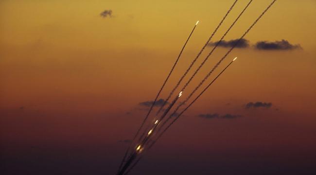 مصادر إسرائيلية للتايمز: حماس تبني جيلا جديدا من الصواريخ