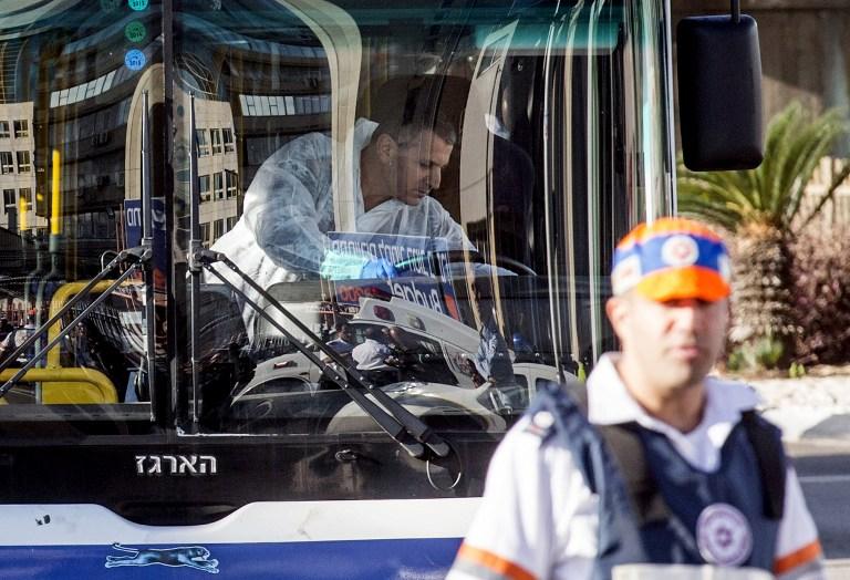 إسرائيل تحمل أبو مازن المسؤولية عن عملية تل أبيب