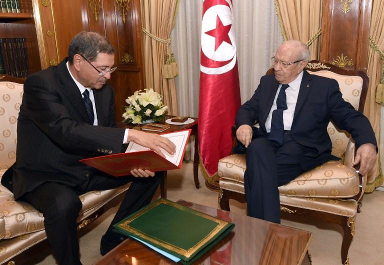 آفاق تونس ينضم للرافضين لمنح الثقة للحكومة ويضعها في مأزق