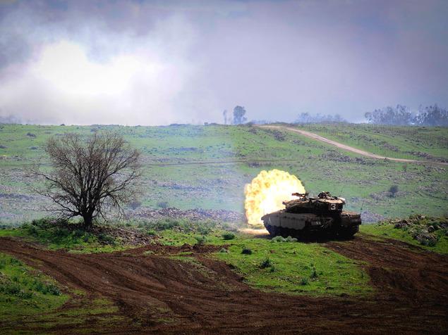 سقوط صاروخين في الجولان وإسرائيل تطلق قذائف باتجاه سوريا