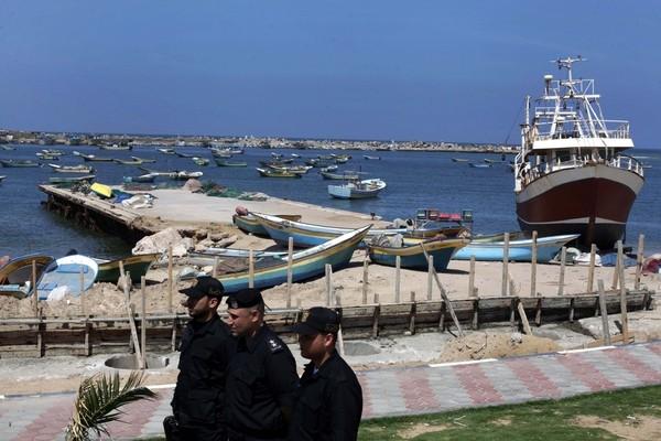 القوى الوطنية والإسلامية تدعو لدعم إطلاق أول رحلة بحرية من ميناء غزة