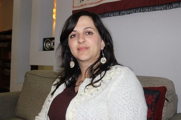 نيفين أبو رحمون وجه شاب في القائمة المشتركة