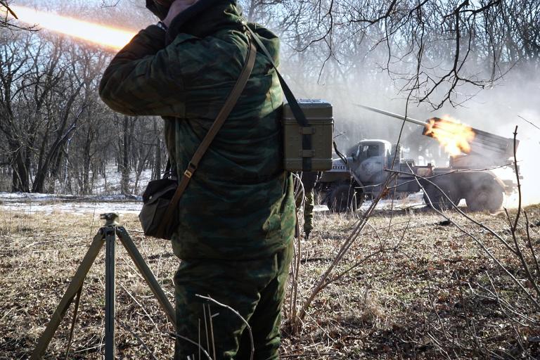 """روسيا تتهم كييف والغرب بـ""""تحريف"""" اتفاقات السلام في أزمة أوكرانيا"""