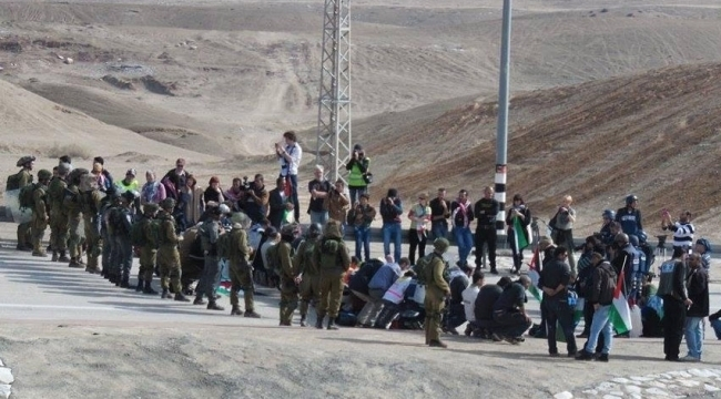 اعتقال 16 فلسطينيا مكثوا بكفرمندا للعمل