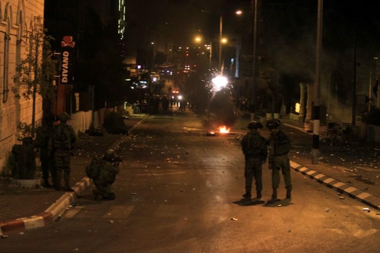 4 إصابات بالرصاص الحي بمواجهات مع الاحتلال في مخيم عايدة