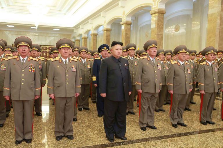 كيم جونغ أون يأمر الجيش بالاستعداد للمعركة قبل المناورات العسكرية الأميركية