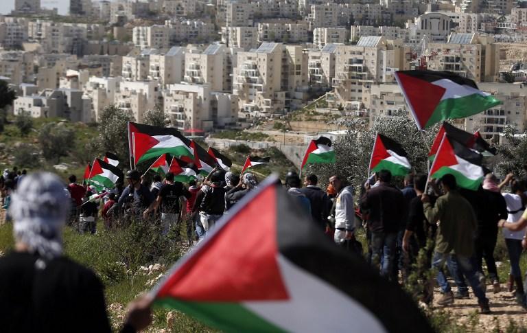 بلعين: عشر سنوات من المقاومة الشعبية واسترجاع 1300 دونم صادرها الاحتلال
