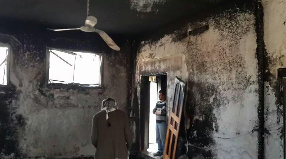 إحراق مركبتين وشعارات عنصرية في المغير شرق رام الله