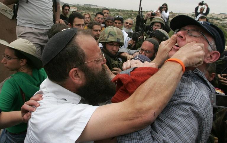 """الإرهابي مارزل يهدد النواب العرب ويصفهم ب""""الخونة"""""""