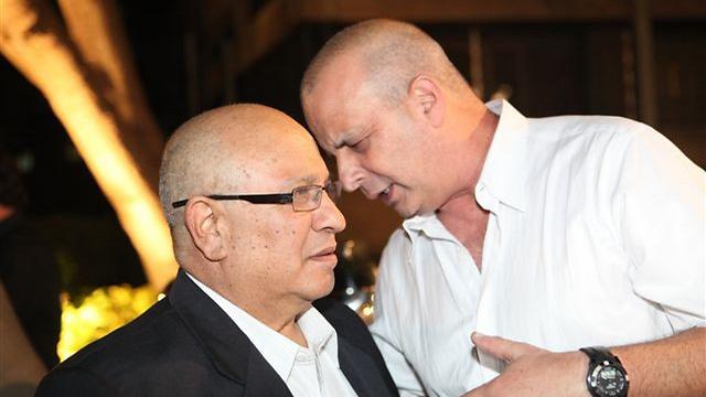 أمنيون إسرائيليون في مؤتمر صحفي: تفاصيل جديدة عن نتنياهو