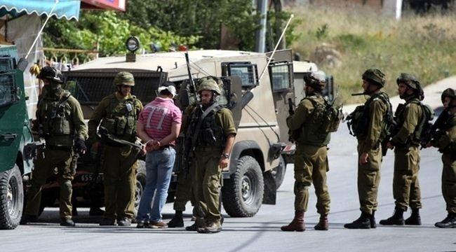 الاحتلال يعتقل 23 فلسطينيا في الضفة الغربية