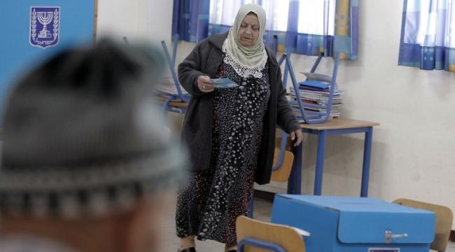 """""""حاميها حراميها"""": أحزاب اليمين تسرق أصوات القائمة المشتركة"""